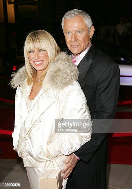 Suzanne Somers and Alan Hamel during 2006 Palm Springs International Film Festival Awards Gala at Palm Springs Convention Center in Palm Springs...