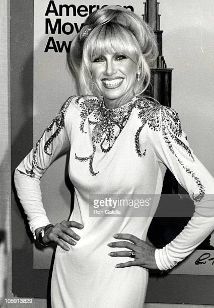 Suzanne Somers during 1980 American Movie Awards at Wilshire Theater in Beverly Hills California United States