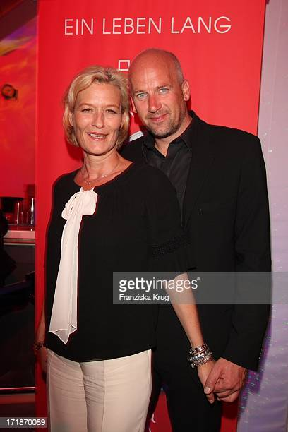 Suzanne von Borsody And Jens Schniedenharn In The Platinum Engagement Ring Store Opening Party for 10 Marrying in Erfurt