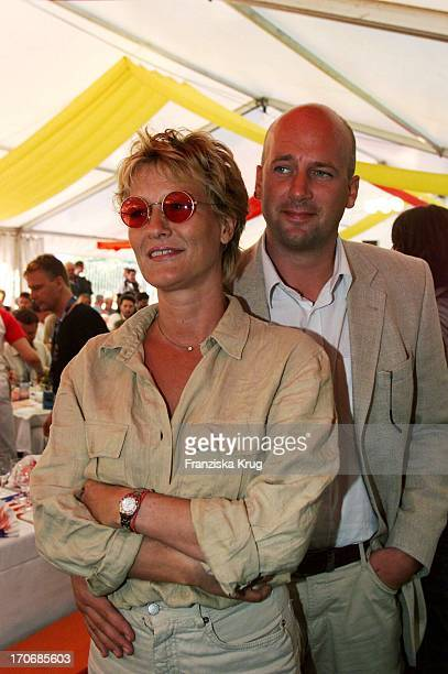 Suzanne Von Borsody Ihr Freund Jens Schniedenharn Bei W Fierek Harley Davidson Party