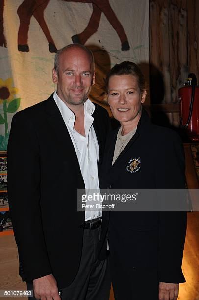 Suzanne von Borsody Lebensgefährte Jens Schniedenharn Party nach dem 16 Tabaluga Golf Cup beim Eagles Charity Turnier Tabaluga Kinderstiftung...