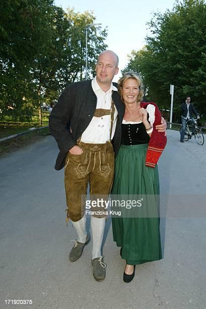 Suzanne Von Borsody Mit Freund Jens Schniedenharn Bei Cooking For Friends Im Hippodrom