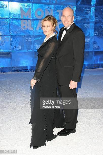 Suzanne Von Borsody Mit Freund Jens Schniedenharn Bei Der Mont Blanc Party Night Of The Stars In Chamonix Am 020207