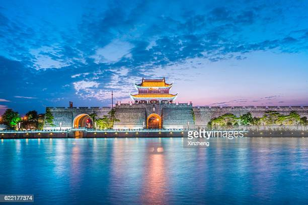 suzhou ancient city gate,chinese ancient architecture - suzhou stock pictures, royalty-free photos & images