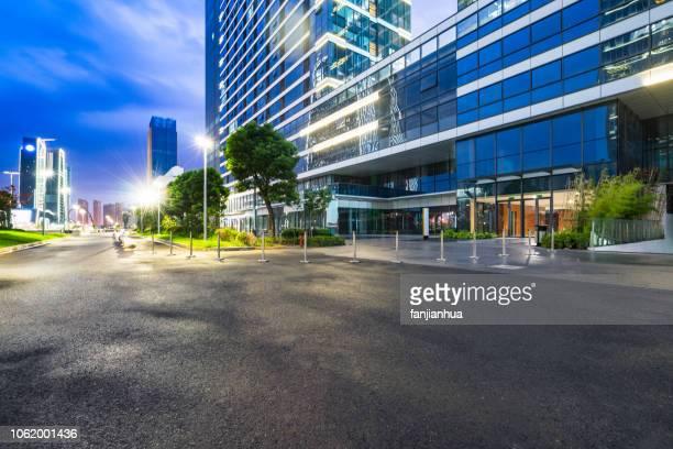 suzhou central business district - büropark stock-fotos und bilder