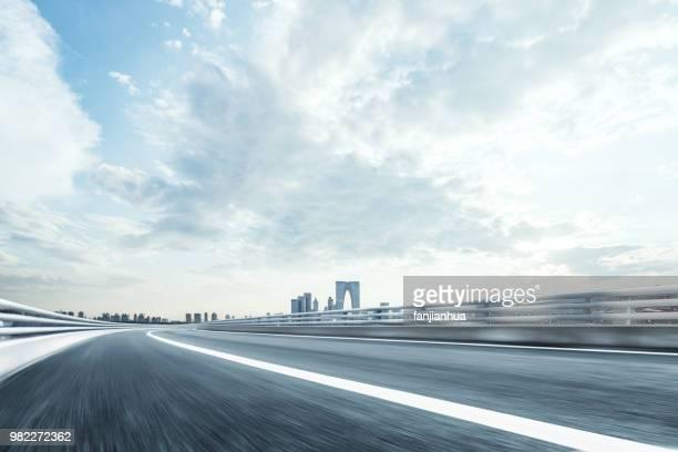 suzhou motorway - 昼間 ストックフォトと画像