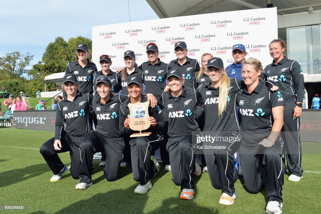 Suzie Bates of New Zealand (C) and her team mates pose with the ODI Series winner plate after their win in the Women's One Day International match between New Zealand and the West Indies on March 11, 2018 in Christchurch, New Zealand.
