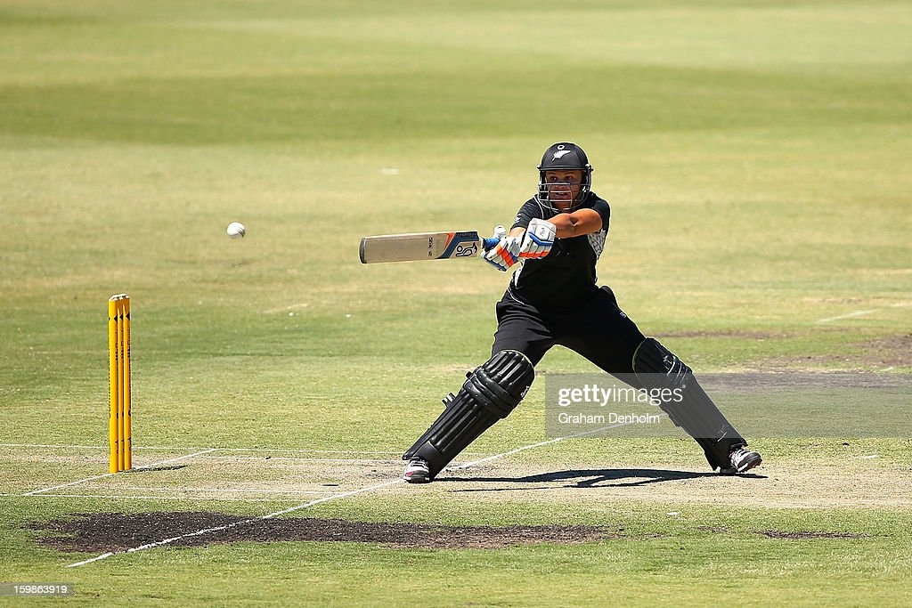 Suzie Bates of New Zealand bats during the Women's International Twenty20 match between the Australian Southern Stars and New Zealand at Junction Oval on January 22, 2013 in Melbourne, Australia.