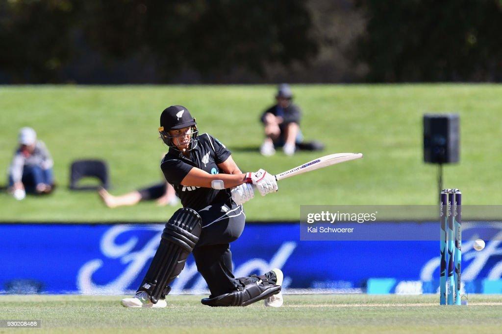 New Zealand v West Indies : News Photo