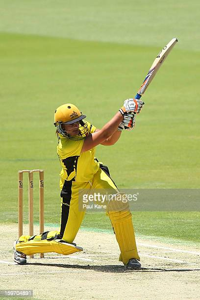 Suzie Bates of the Fury bats during the women's Twenty20 final match between the NSW Breakers and the Western Australia Fury at WACA on January 19...