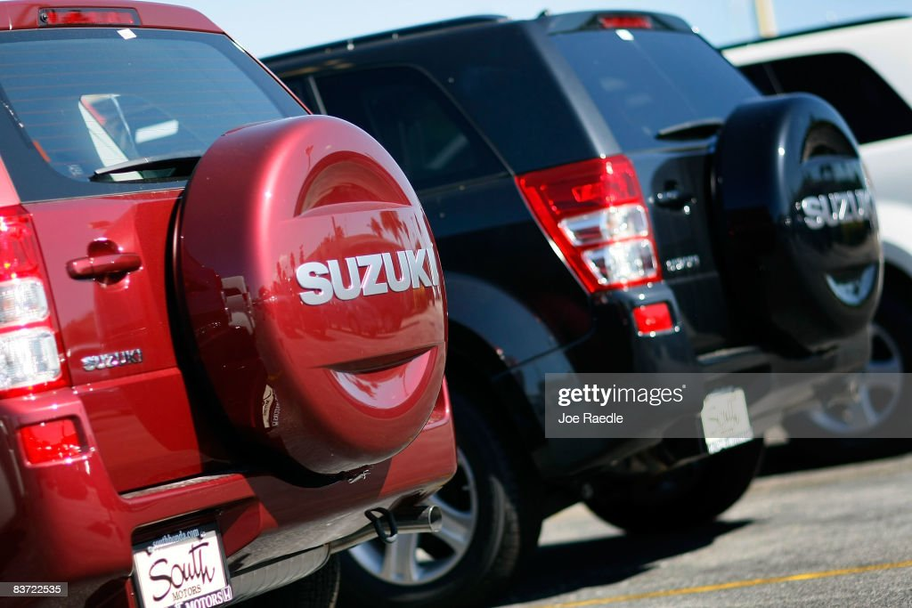 GM Will Sell Rest Of Its Stake In Suzuki To Raise Cash : News Photo