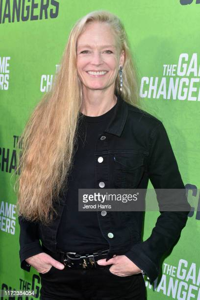 Suzy Amis Cameron arrives at the LA Premiere of 'The Game Changers' at ArcLight Hollywood on September 04, 2019 in Hollywood, California.