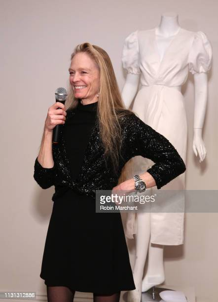 Suzy Amis Cameron attends Suzy Amis Cameron's 10Year Anniversary Of RCGD Celebration on February 21 2019 in Beverly Hills California