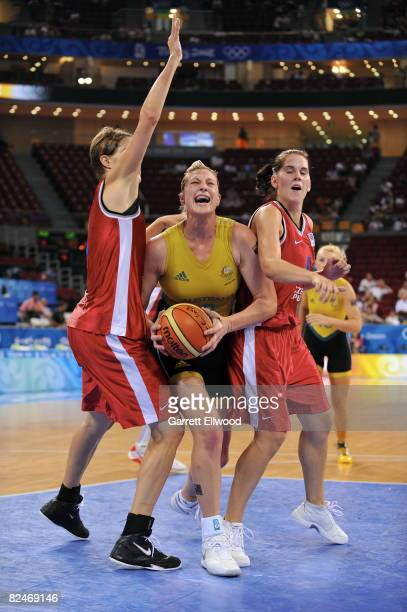 Suzy Batkovic of Australia shoots against the Czech Republic during day 1 of the women's quaterfinals basketball game at the 2008 Beijing Olympic...