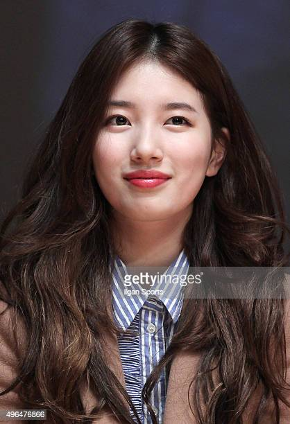 Suzy of miss A attends the movie 'The Sound of a Flower' showcase at Sungshin Women's University on November 4 2015 in Seoul South Korea
