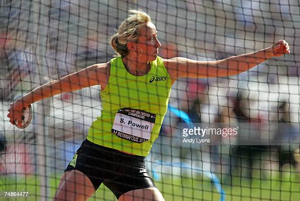 Suzy Powell competes in the finals of the women's discus throw during the second day of the AT&T USA Outdoor Track and Field Championships at IU...