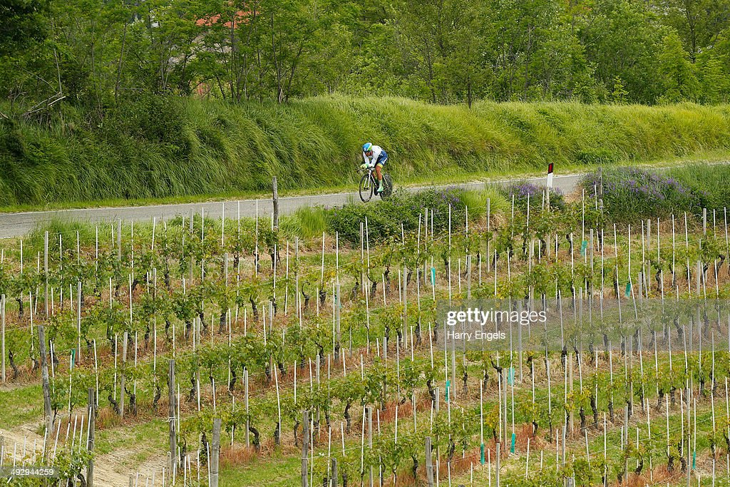 Svein Tuft of Canada and team Orica-GreenEDGE in action during the twelfth stage of the 2014 Giro d'Italia, a 42km Individual Time Trial stage between Barbarasco and Barolo on May 22, 2014 in Barbarasco, Italy.