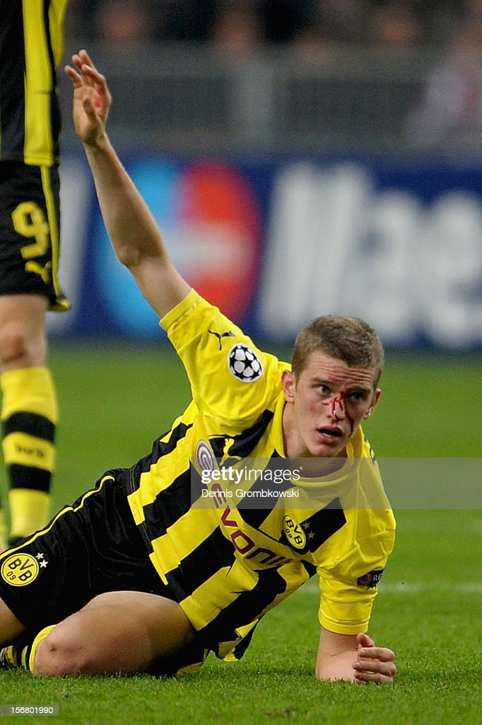 Sven Bender of Dortmund reacts after suffering an injury during the UEFA Champions League Group D match between Ajax Amsterdam and Borussia Dortmund at Amsterdam Arena on November 21, 2012 in Amsterdam, Netherlands.