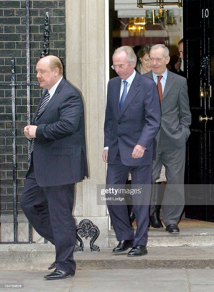 Sven Goran Eriksson leaves 10 Downing Street in central London, February 2, 2006, after a meeting with Prime Minister Tony Blair and other guests from the world of sport, politics and the media to discuss preparations for the World Cup 2006 held in Germany.