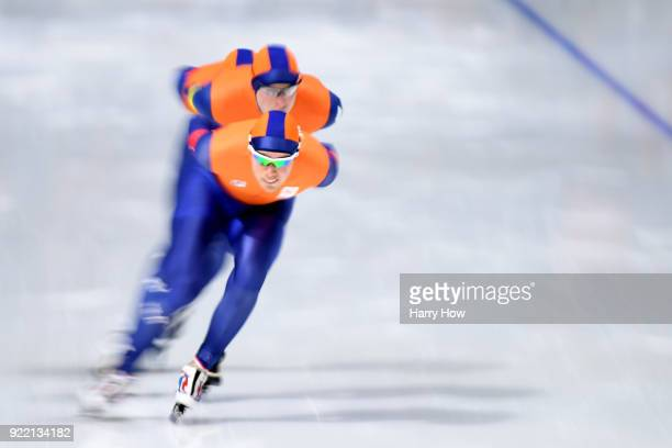 Sven Kramer Jan Blokhuijsen and Patrick Roest of the Netherlands compete during the Speed Skating Men's Team Pursuit Semifinal 2 on day 12 of the...