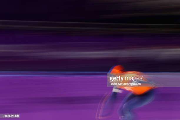 Sven Kramer of the Netherlands competes in the Men's 5000m Speed Skating event on day two of the PyeongChang 2018 Winter Olympic Games at Gangneung...