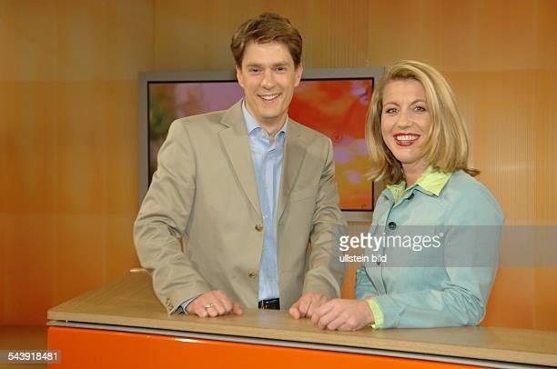 Sven Lorig Journalist D und Anne Gesthuysen Moderatoren des ARD Morgenmagazins