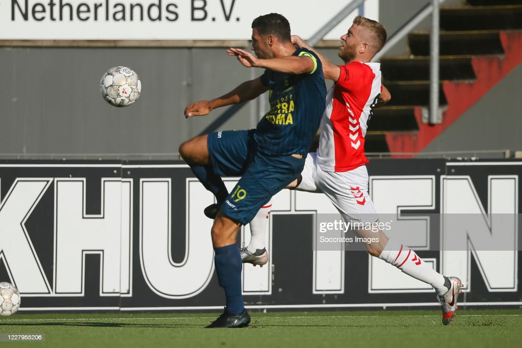 Sven Nieuwpoort Of Sc Cambuur Michael De Leeuw Of Fc Emmen During News Photo Getty Images