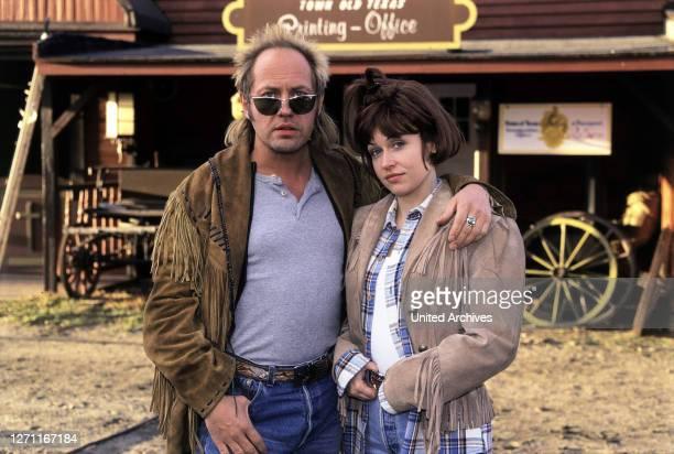 LEICHE / D 1998 / Sven Severin Träumen von einer Ranch in Utah Tom und Susi / Überschrift WEEKEND MIT LEICHE / D 1998