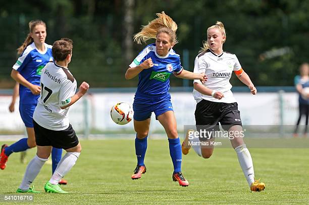 Svenja Hoerenbaum Gina Chmielinski and Valentina Vogt battle for the ball during the U17 Girl's German Championship final match between 1FFC Turbine...