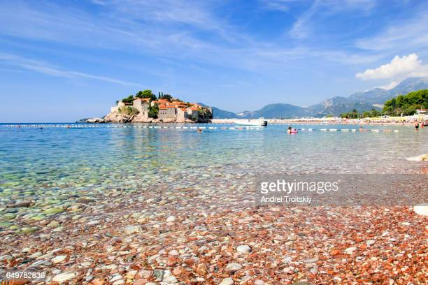 sveti stefan beach and island on the adriatic sea, montenegro - montenegro imagens e fotografias de stock