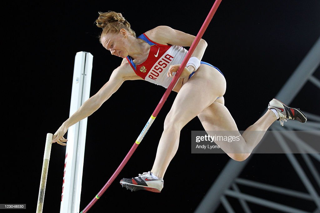 Svetlana Feofanova of Russia competes in the women's pole vault final during day four of the 13th IAAF World Athletics Championships at the Daegu Stadium on August 30, 2011 in Daegu, South Korea.