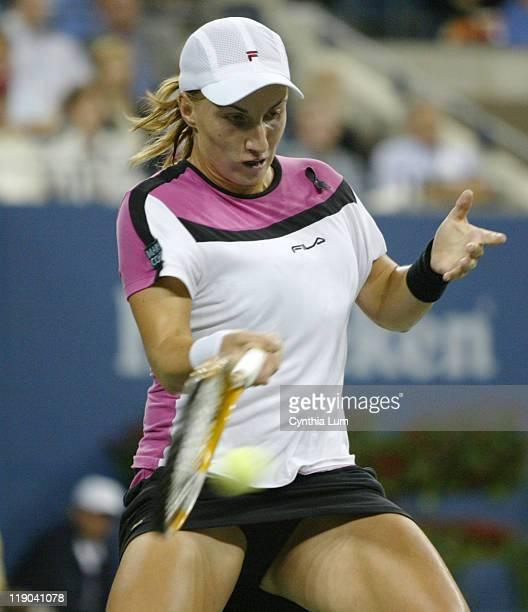 Svetlana Kuznetsova hits a return during her women's finaal at the US Open versus Elena Dementieva Kuznetsova won in straight sets 63 75