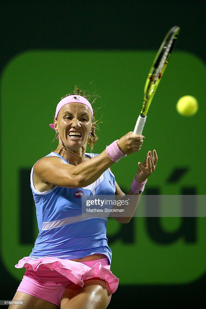 Svetlana Kuznetsova of Russia returns a shot to Ekatarina Makarova of Russia during the Miami Open presented by Itau at Crandon Park Tennis Center on March 29, 2016 in Key Biscayne, Florida.