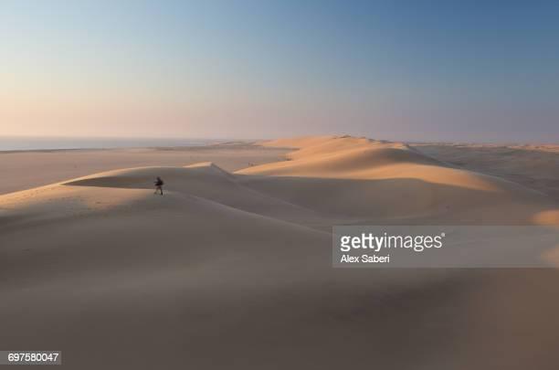 """""""swakopmund, namibia."""" - alex saberi - fotografias e filmes do acervo"""