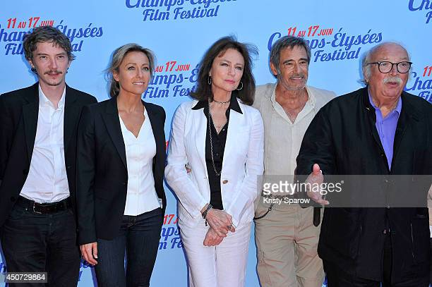 Swann Arlaud AnneSophie Lapix Jacqueline Bisset Gerard Lanvin and Jean Becker attend the Bon Retablissement Paris Premiere during Day 6 of the Champs...