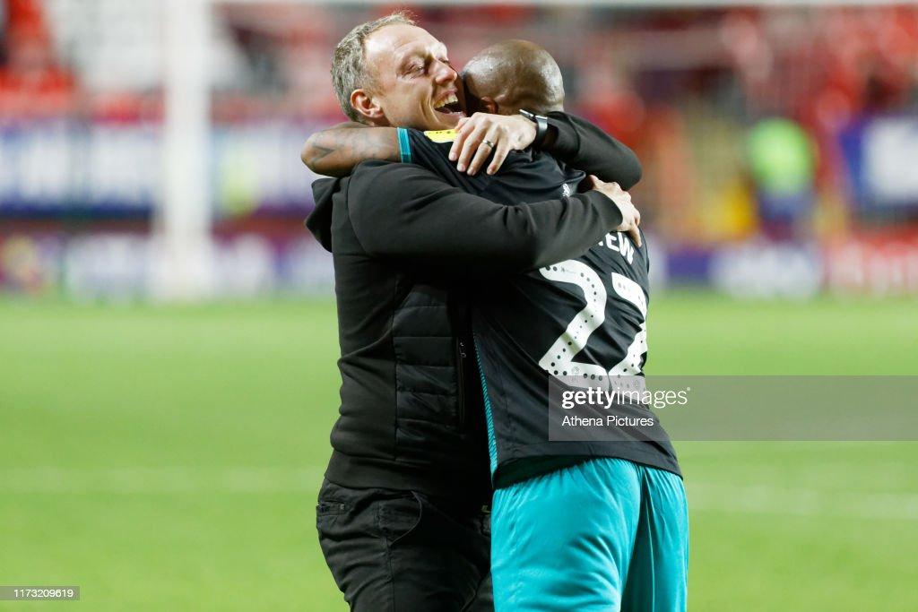 Charlton Athletic v Swansea City - Sky Bet Championship : ニュース写真