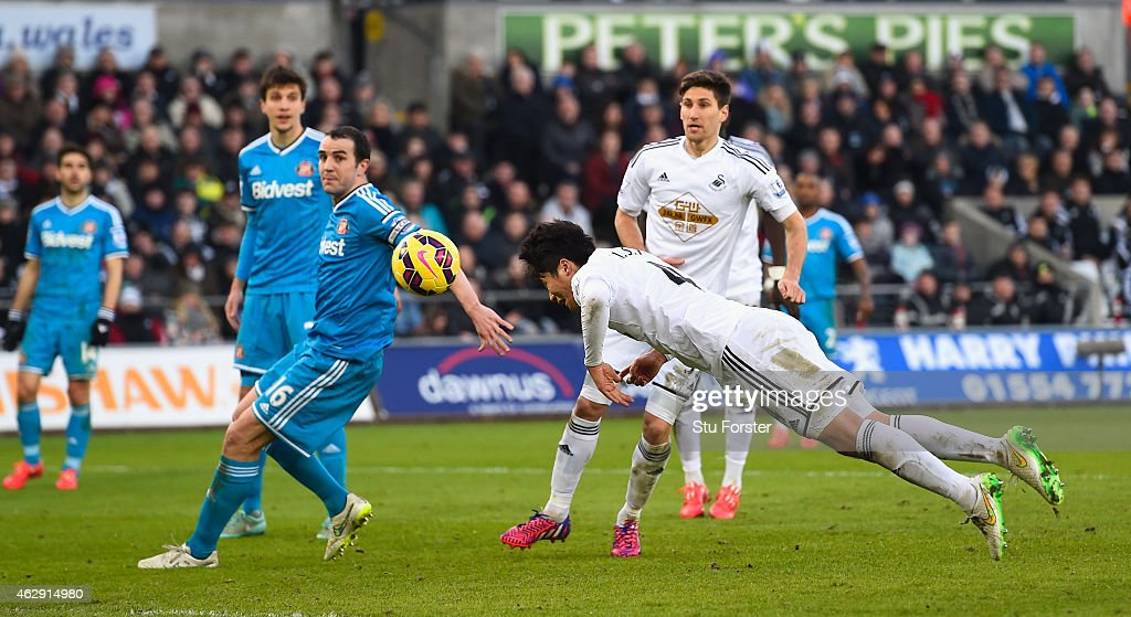 Swansea City v Sunderland - Premier League : News Photo