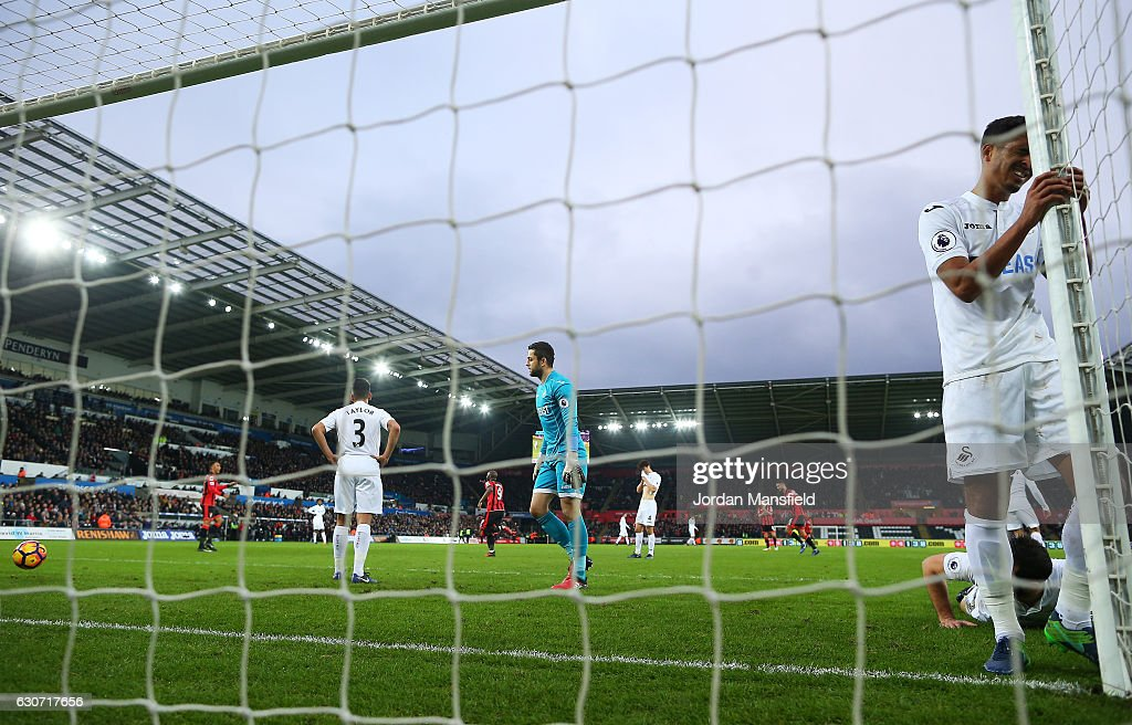 Swansea City v AFC Bournemouth - Premier League : News Photo