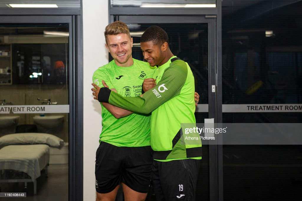 Rhian Brewster Signs For Swansea City : News Photo
