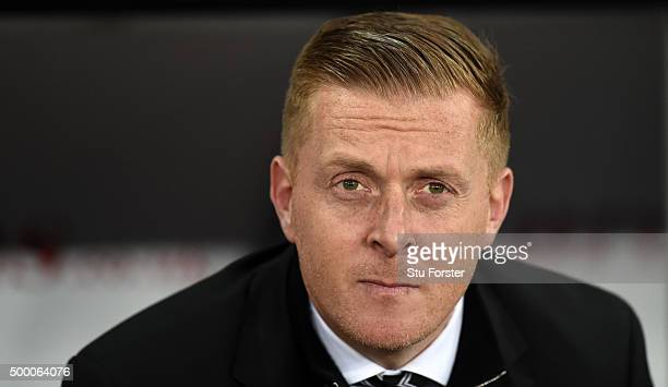 Swansea manager Garry Monk looks on before the Barclays Premier League match between Swansea City and Leicester City at Liberty Stadium on December 5...