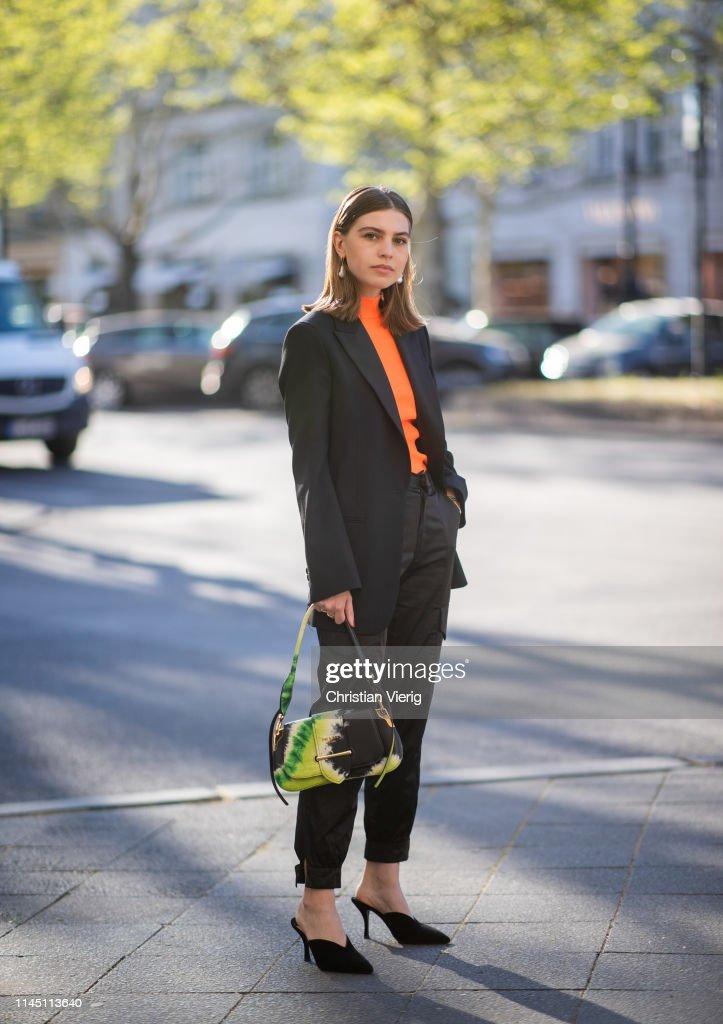 Street Style - Berlin - April 25, 2019 : News Photo