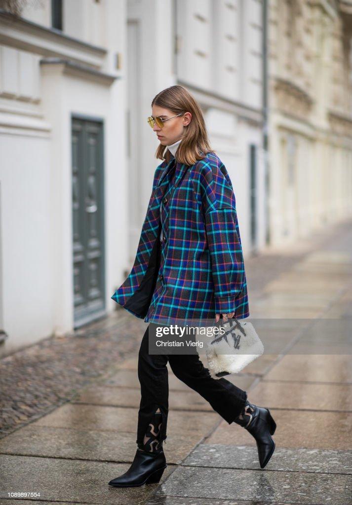 Street Style - Berlin - January 4, 2019 : News Photo