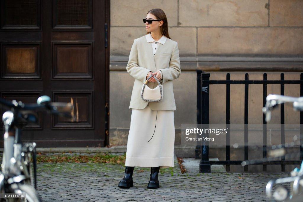 Street Style - Berlin - October 18, 2020 : News Photo
