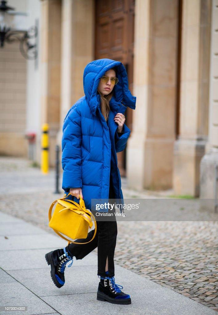 Street Style - Berlin - December 14, 2018 : News Photo