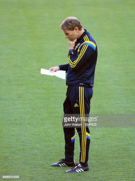 Sweden coach Hakan Ericson during the training session