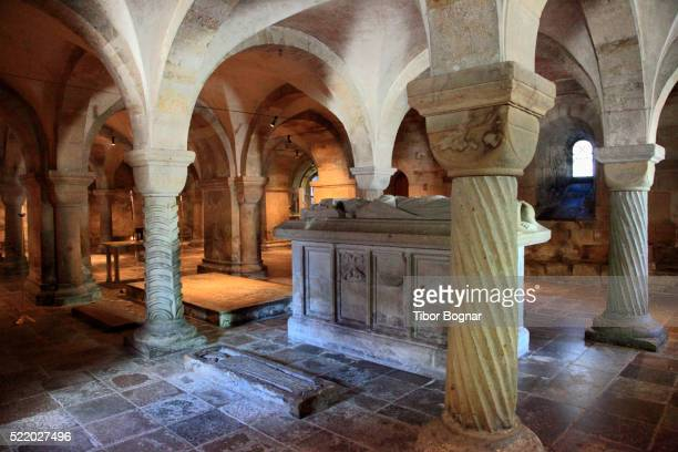 sweden, lund, cathedral, crypt, tombs, - クリプト ストックフォトと画像