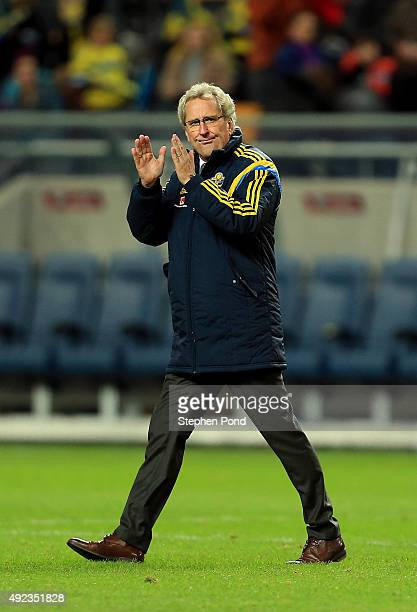 Sweden Manager Erik Hamren applauds the crowd after the UEFA EURO 2016 Qualifying match between Sweden and Moldova at the National Stadium Friends...
