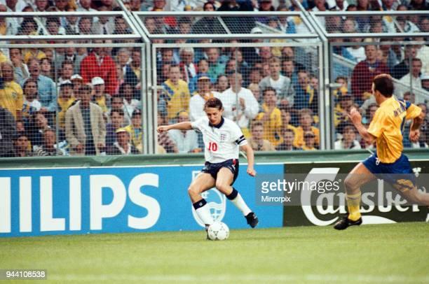 Sweden v England European Championship Match Group Stage Group 1 R undastadion Solna Sweden 17th June 1992 Gary Lineker on the ball Final score...