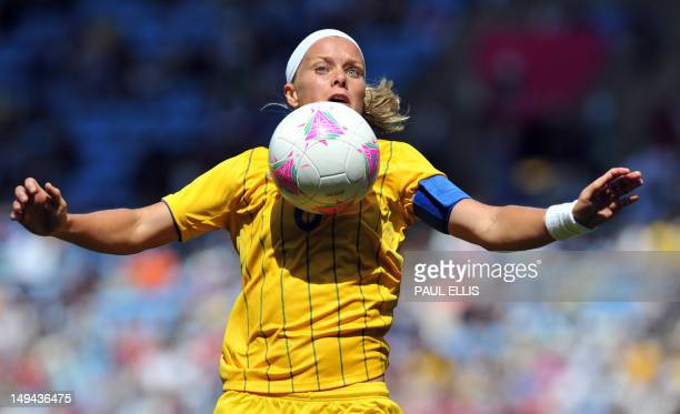 Sweden's defender Sara Thunebro controls the ball during the London 2012 Olympic women's football match between Japan and Sweden on July 28 2012 at...