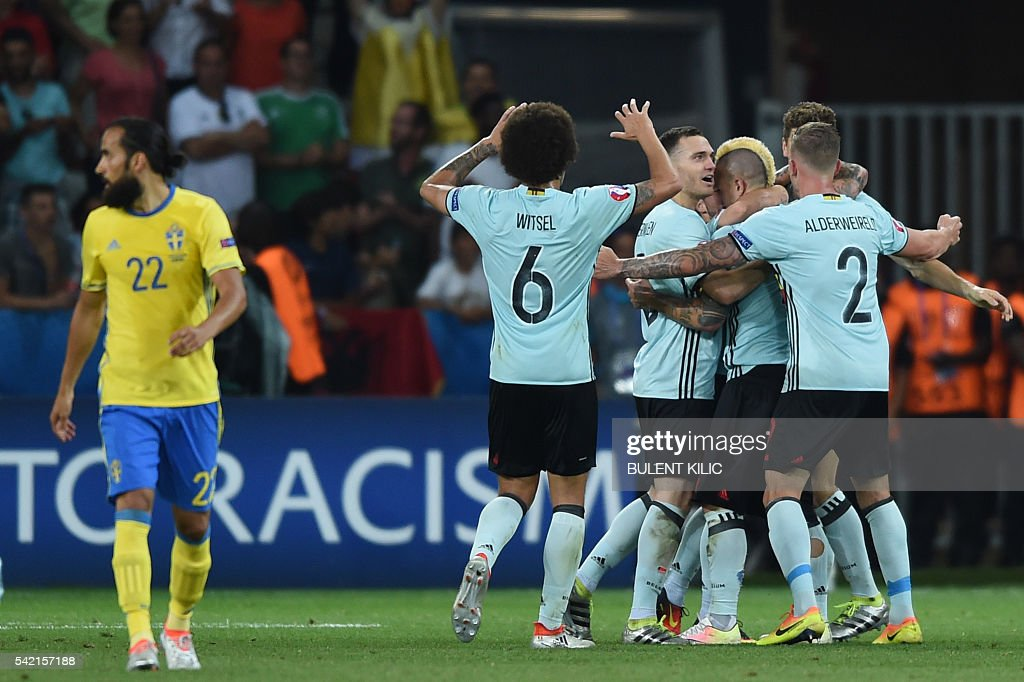 FBL-EURO-2016-MATCH36-SWE-BEL : News Photo
